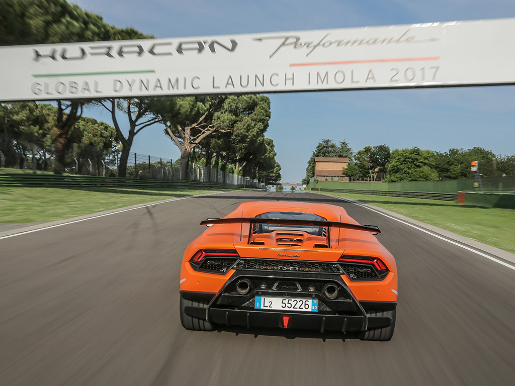 Lamborghini Huracan Performante Review Pistonheads