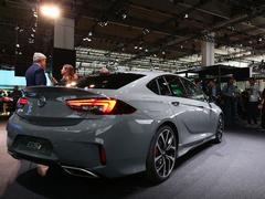 Vauxhall GSI saloon at a motor show? Super!