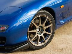 Aftermarket wheels common; try to keep stock sizes