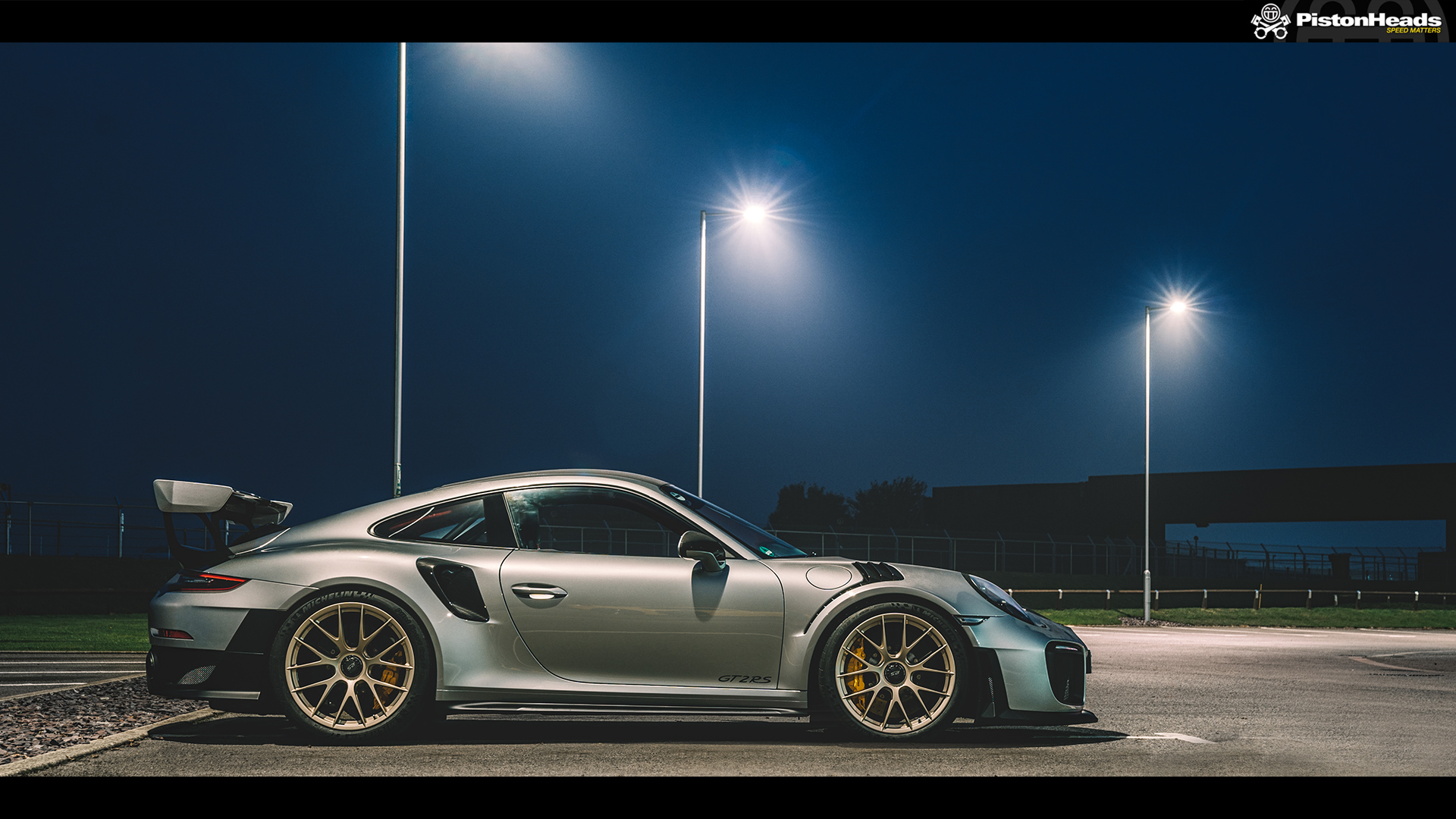 re porsche 911 gt2 rs pic of the week page 1 general gassing pistonheads. Black Bedroom Furniture Sets. Home Design Ideas