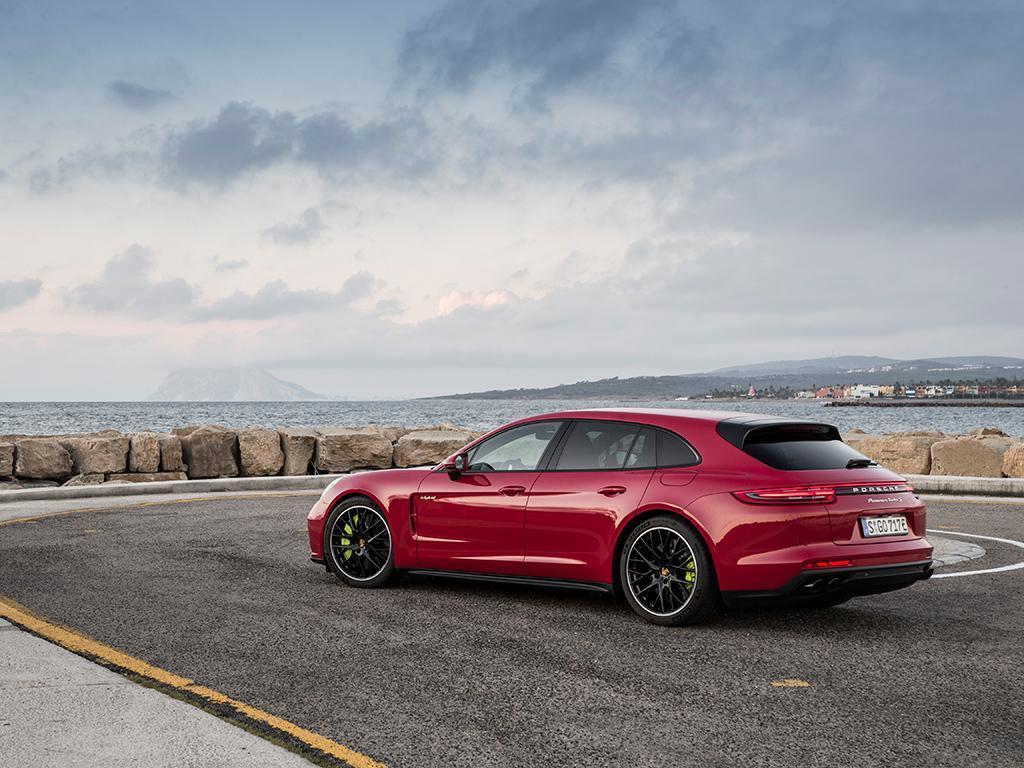Panamera Turbo S E Hybrid Sport Turismo Driven Pistonheads