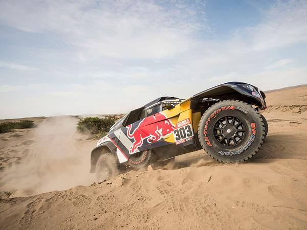 Peterhansel extends lead in Dakar; Loeb, Villas-Boas out