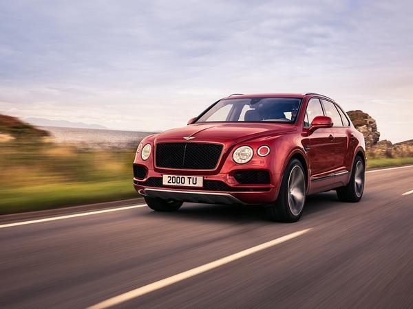 Bentley Bentayga Headed to Pikes Peak Hill Climb