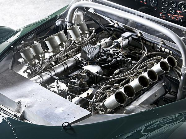 What is mechanical fuel injection ph explains pistonheads mechanical fuel injection is a type of fuel delivery system that as the name implies relies primarily on mechanical methods to inject fuel into an engine freerunsca Choice Image