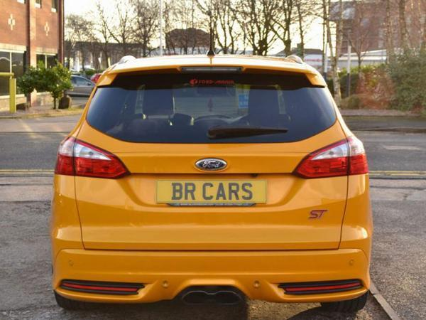 e6f381931a Ford Focus ST Estate  Spotted