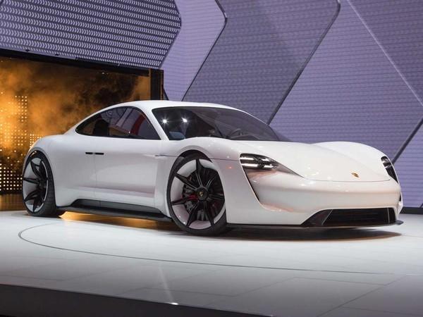 Audi To Launch Tesla Rivalling E Tron Gt Pistonheads