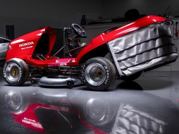 Honda has built a superbike powered lawn mower