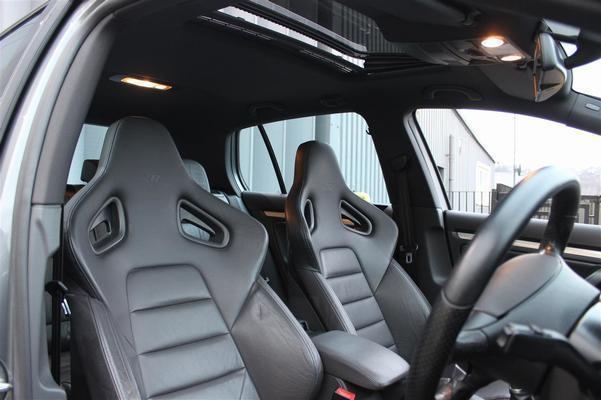 Volkswagen Golf R32 (Mk5): Spotted | PistonHeads