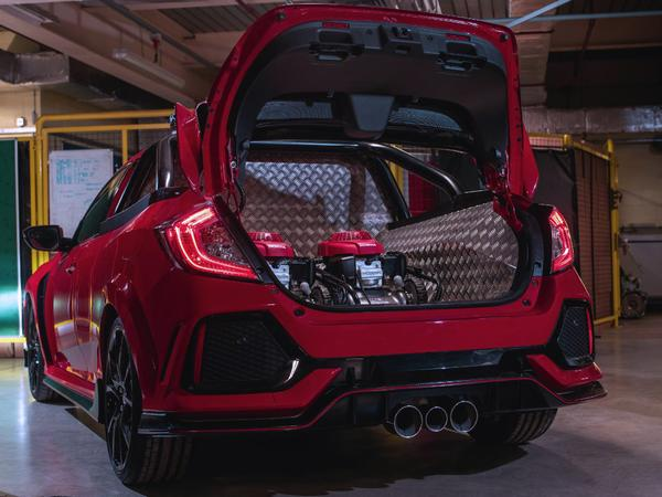 Honda engineers in Swindon built fastest pickup on United Kingdom roads