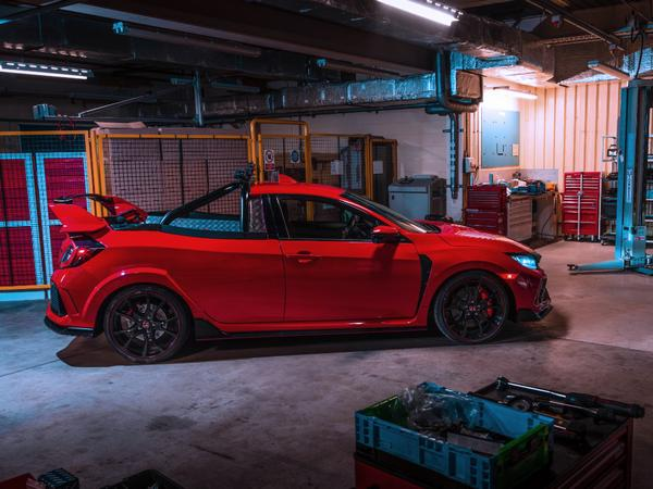 Why honda engineers built this Civic Type R pickup truck?