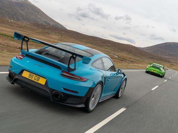 Re Porsche 911 Gt2 Rs Vs 911 Gt3 Rs Page 1 General Gassing Pistonheads