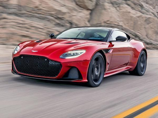 Aston Martin DBS Superleggera Packs 715 HP