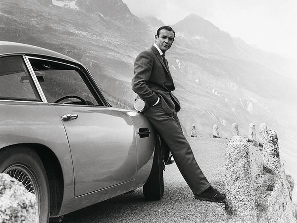 Aston Martin Is Recreating James Bond's Goldfinger Car With Working Spy Gadgets