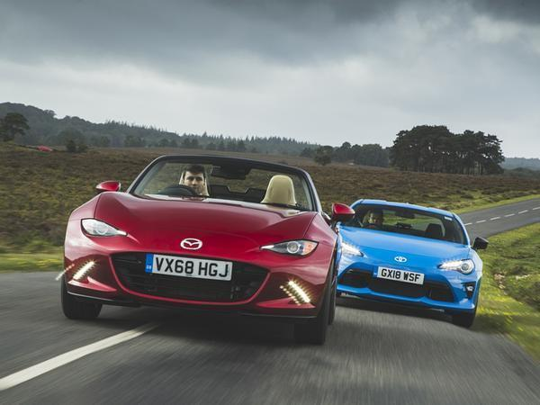 2019 Mazda MX-5 vs Toyota GT86 Blue Edition | PistonHeads