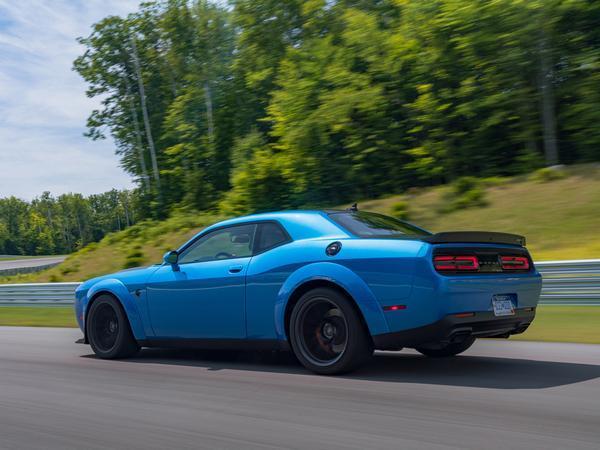 Dodge Challenger SRT Hellcat Redeye: Driven - SoSialPolitiK