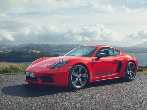Say hello to the new Porsche 718 Cayman T and Boxster T…