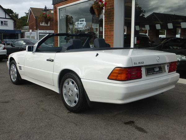 Mercedes SL 320 (R129): Spotted | PistonHeads