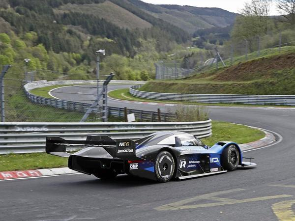 Watch Volkswagen ID.R Smash Nurburgring EV Record in 6:05.336 Minutes