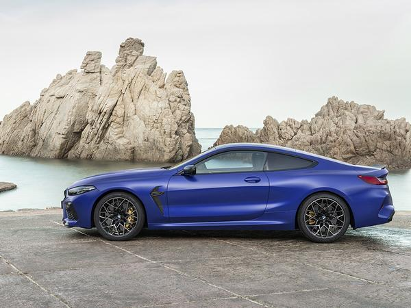 New BMW M8 Competition (coupé and convertible) revealed!
