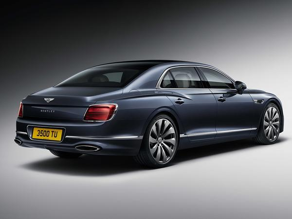 Bentley Flying Spur Sedan First Look
