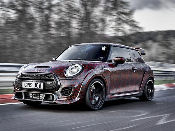 Hot new Mini John Cooper Works GP shows some more skin…
