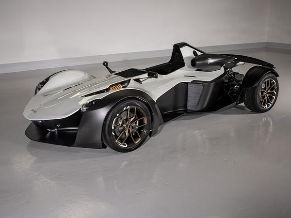 Meet The BAC Mono R: Faster, Lighter And Even More Bonkers