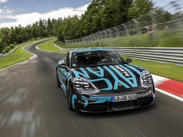 Porsche Taycan electrifies at the 'Ring with 7:42 lap time